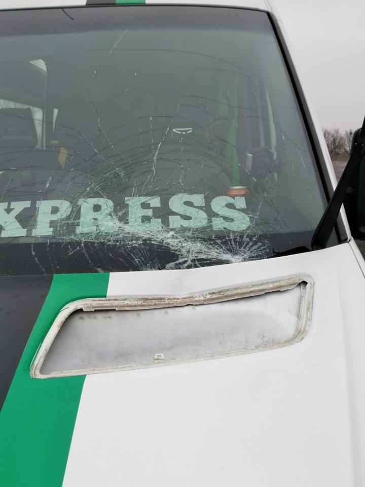 Rautenexpress Scheibe getroffen…