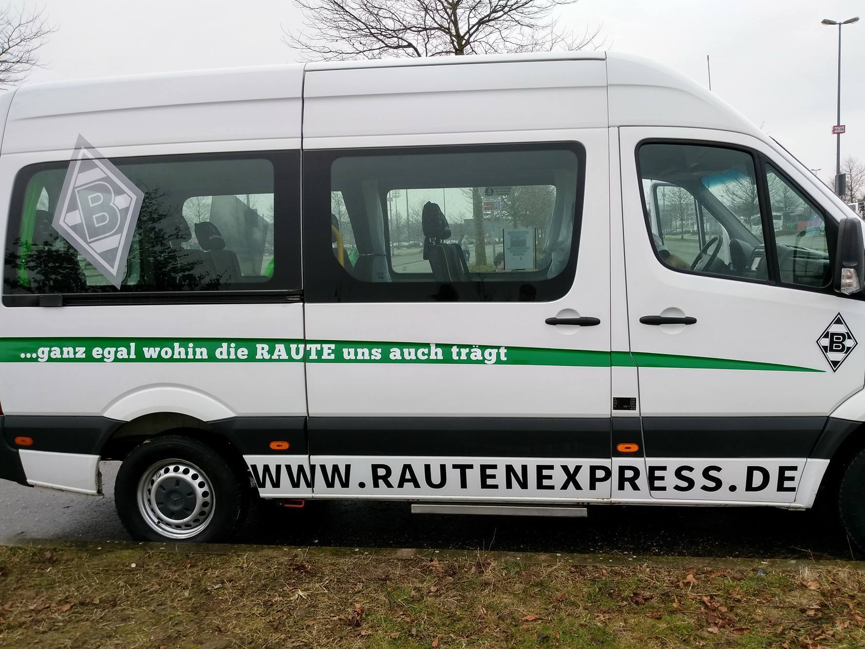 Rautenexpress Bus