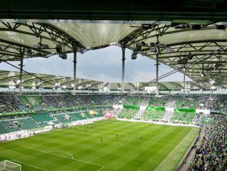 Bus Parkplatz Stadion Wolfsburg