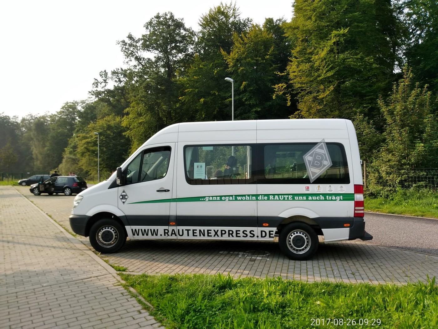 Rautenexpress Bus