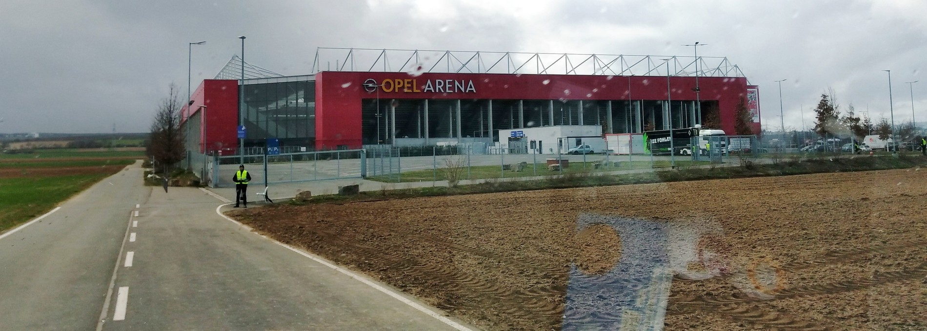 Ankunft Opel Arena
